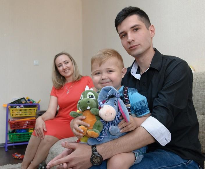 Казахстанец пожертвовал свою печень незнакомому малышу