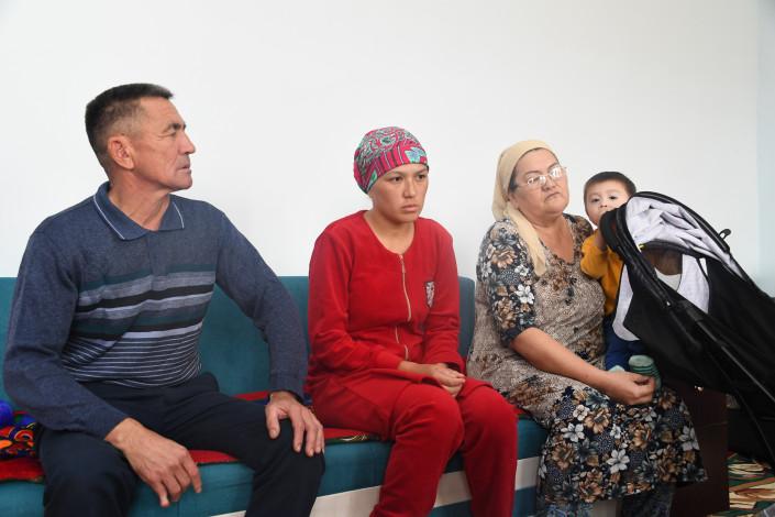 Глава семейства погиб, спасая жену и детей из пожара: семье построят новый дом 1