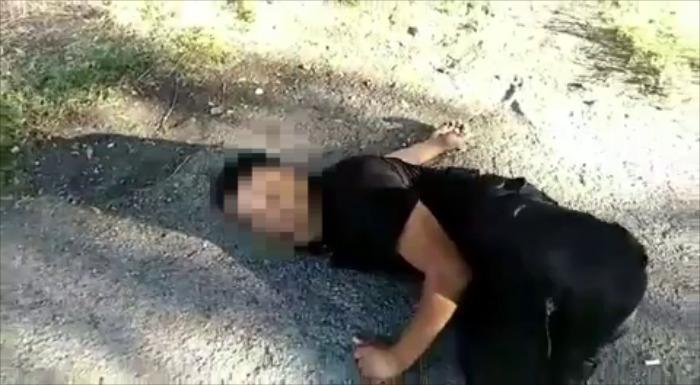Мужчину с отверткой в голове сняли на видео в Алматинской области
