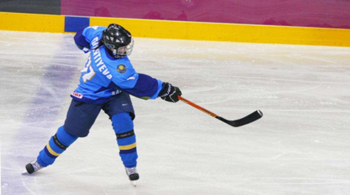 49aазақстан қ4b1рамасы хоккейден 4d9лем чемпионатында швейцарияны же4a3іп кетті (видео)