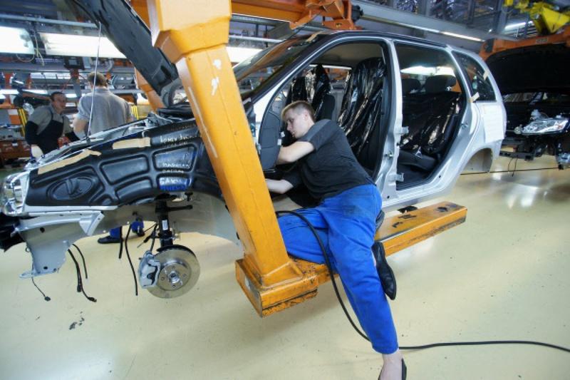 Автоваз модели на конвейере рольганг с 1 м