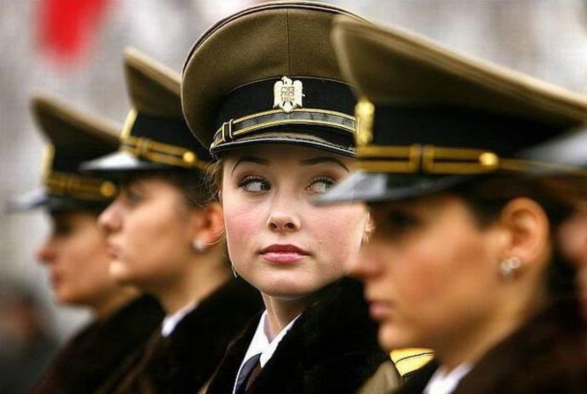 Рейтинг самых сексуальных военнослужащих