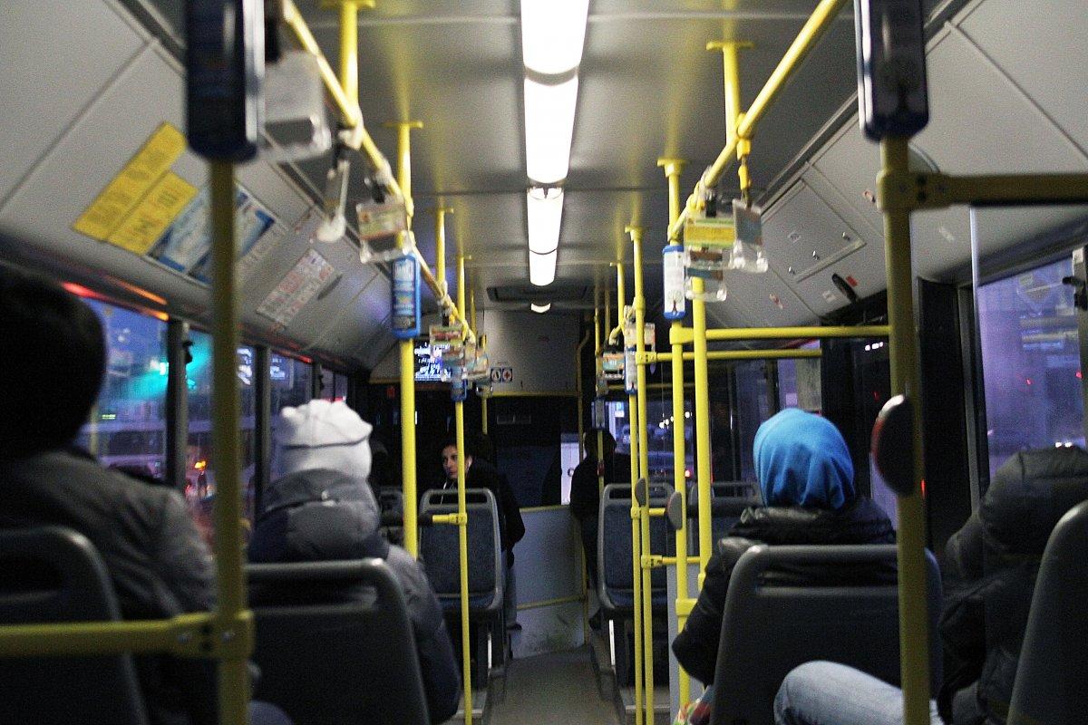 Общественный транспорт приставание 182