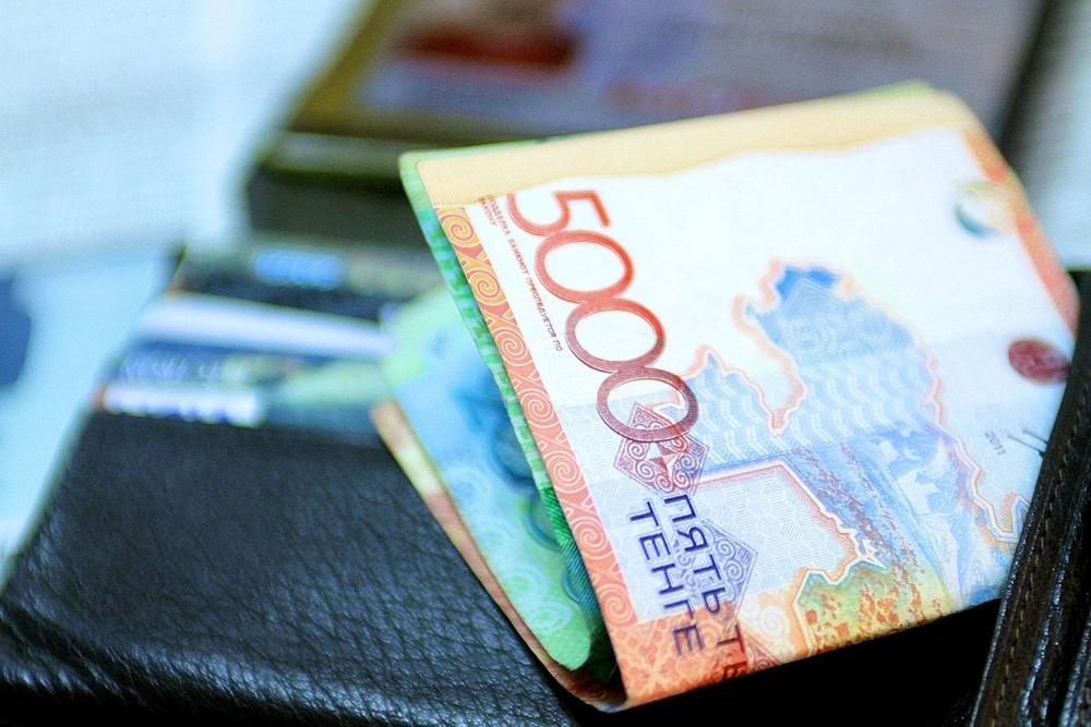 Чиновники начали жаловаться на взяткодателей в финпол