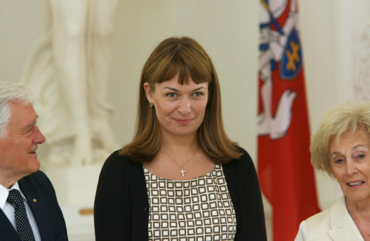 Жена Саакашвили зовет на баррикады