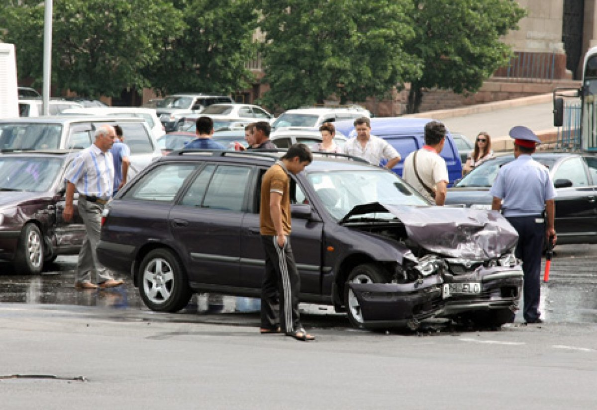 Названы самые аварийные машины Казахстана - новости автоиндустрии    Tengrinews ca6f5d548b3