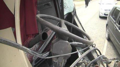 15 пассажиров автобуса пострадали в ДТП в Алматы