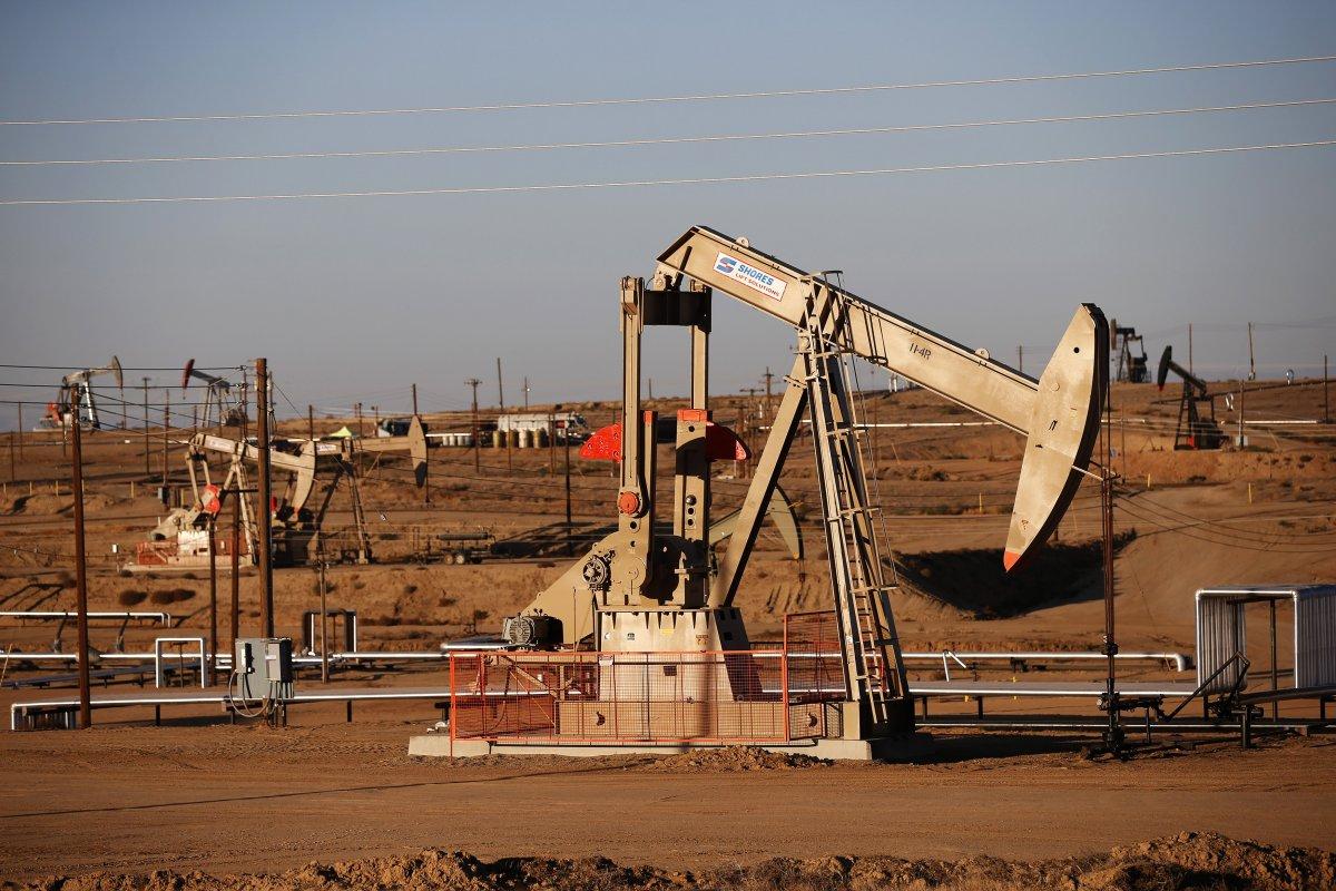 Падение цен на нефть приостановилось
