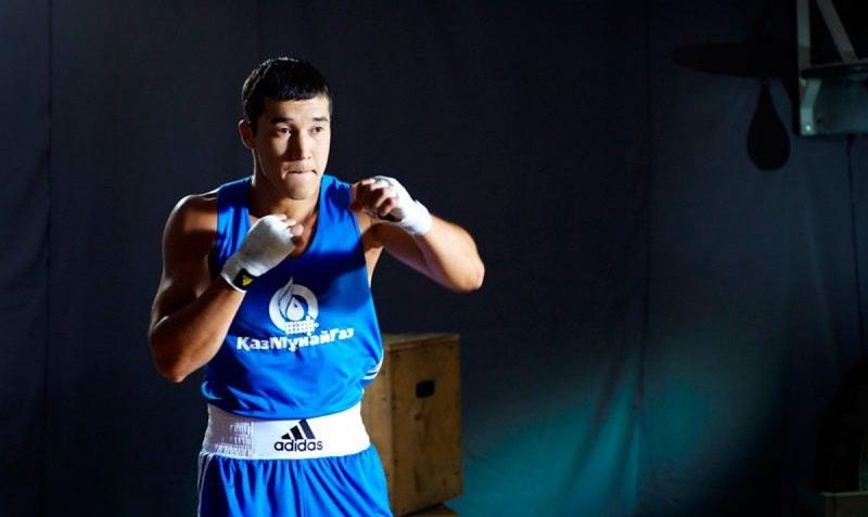 Адильбек Ниязымбетов потерпел поражение в дебютном бою на турнире AIBA Pro Boxing