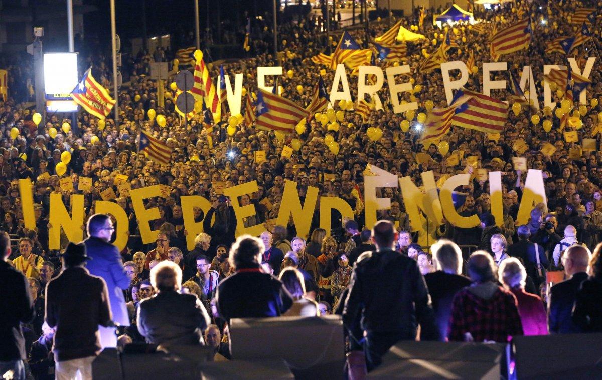 Каталонии планирует добиться независимости в течение 18 месяцев