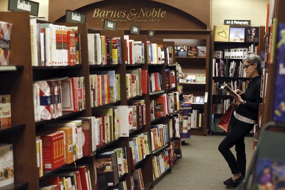 ТОП-10 самых продаваемых книг 2014 года