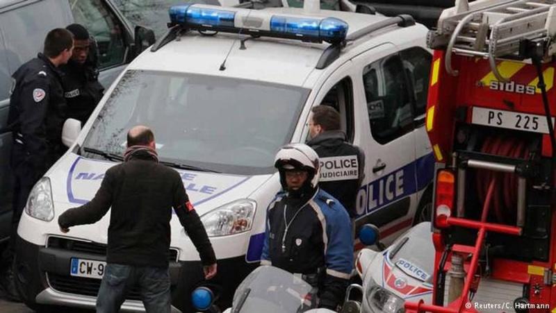 Операция по задержанию в Реймсе. Фото с сайта dw.de