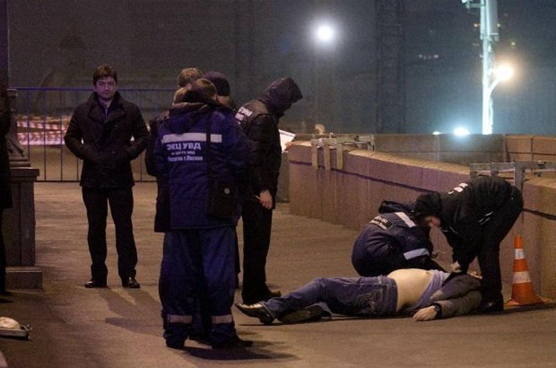 Борис Немцов был застрелен поздно вечером 27 февраля на Москворецком мосту. © РИА Новости