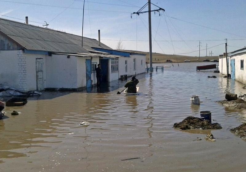 Паводки в Карагандинской области. Фото © Айсулу Буштаева