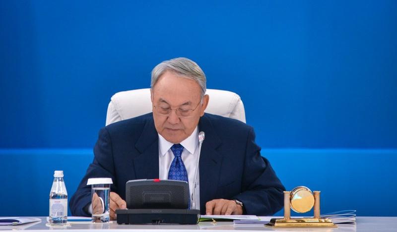 Назарбаев процитировал пятиклассницу из Актау