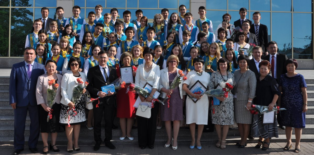 Управлением образования области с 10 по 27 апреля 2017 года проведен конкурс на лучшую разработку урока по курсу