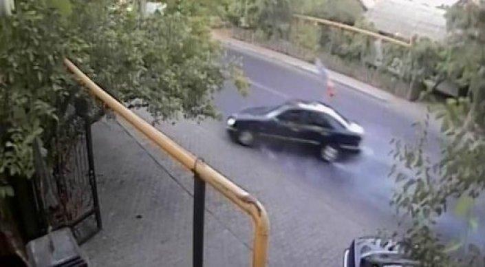 В Сети опубликовали видео жуткого ДТП в Шымкенте