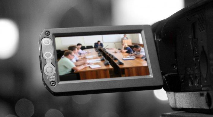 Онлайн-трансляции заседаний станут обязательными для госорганов в РК