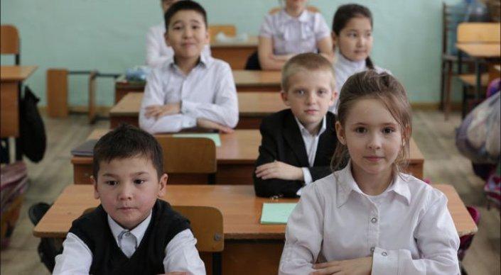 Петиция против продления учебного года в Казахстане набрала 15 тысяч подписей