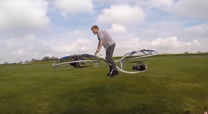 Британец собрал летающий мотоцикл