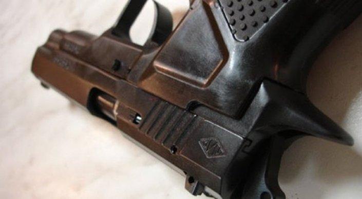 В Актау боец СОБРа по неосторожности застрелил коллегу