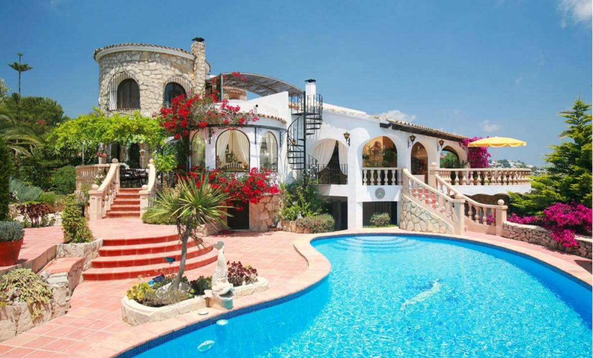 Купить новое жилье в испании на берегу моря