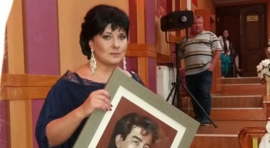 """""""Он хотел написать """"к?й"""" о Казахстане"""": друзья и близкие почтили память Булата Сыздыкова в Караганде"""