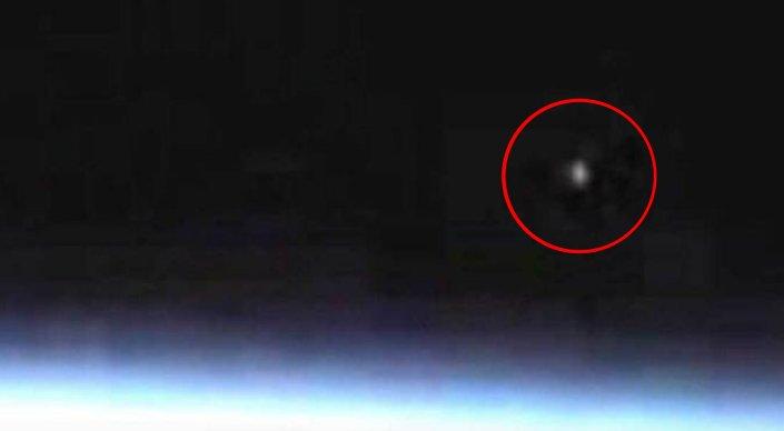 NASA оборвало трансляцию с МКС после появления в кадре НЛО