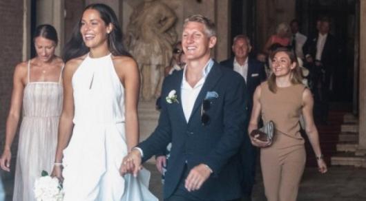 Футболист Швайнштайгер и теннисистка Иванович сыграли свадьбу в Венеции