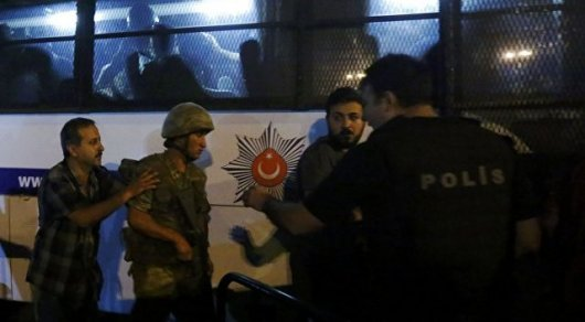 В Турции более 50 высокопоставленных военных попали в тюрьму за попытку госпереворота