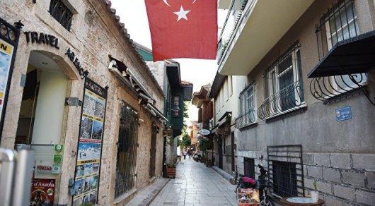 Турция вернулась к обычной жизни после попытки переворота - премьер-министр