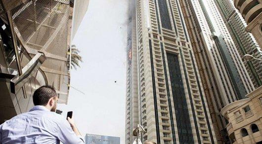 ВДубае сгорел 75-этажный небоскреб