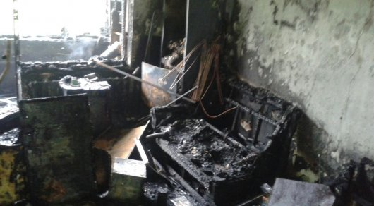 Из горящего жилого дома в Алматы были эвакуированы более 100 человек
