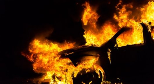 Три авто подожгли в Усть-Каменогорске