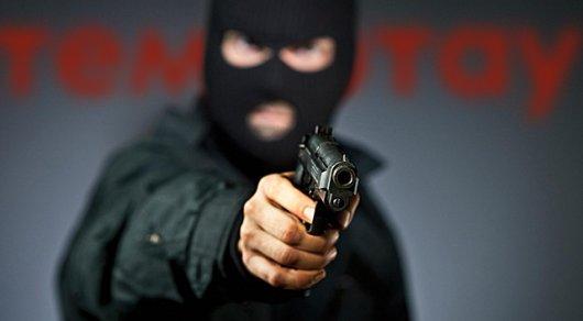 Очевидец: На трассе Караганда - Астана орудуют вооруженные люди в масках