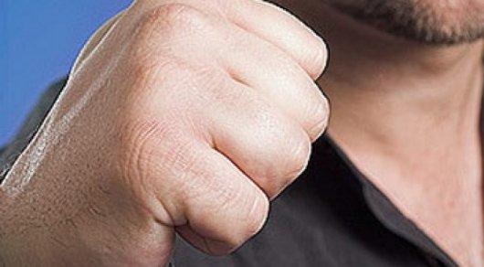 Алматинцу начали угрожать после жалобы в полицию на нарушение ПДД