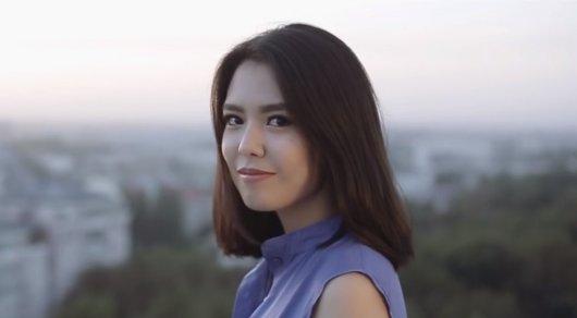 Нелепые слова: В Сети появился новый клип на песню президента Кыргызстана