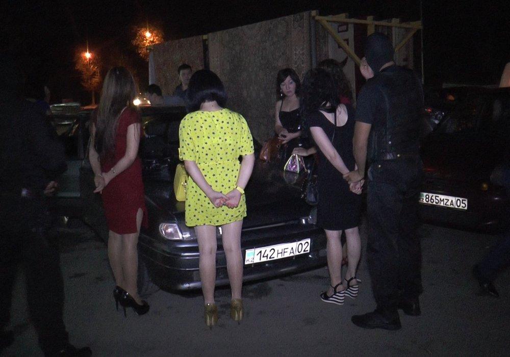 Проститутки задержания проститутка кэт вк