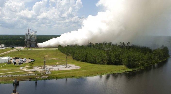 NASA испытало двигатель для полетов к Марсу