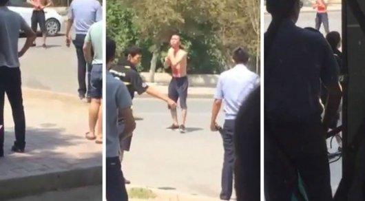 Полицейские рассказали, почему житель Атырау порезал себя перед прохожими