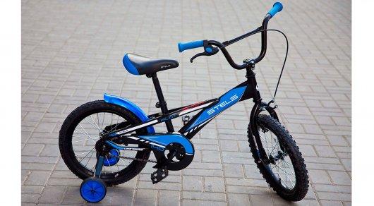 Начальник районного управления по делам обороны в Астане получил взятку в виде детского велосипеда