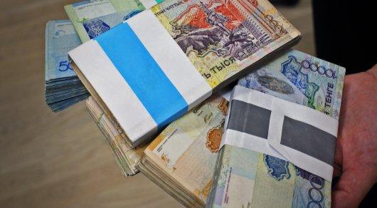 В Акмолинской области мошенницы обменяли деньги пенсионерки на сувенирные купюры