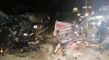 Страшное ДТП близ Семея: шесть человек погибли, еще 8 пострадали