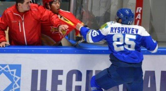 Тафгай: драка хоккеиста сборной Казахстана скитайской командой угодила навидео