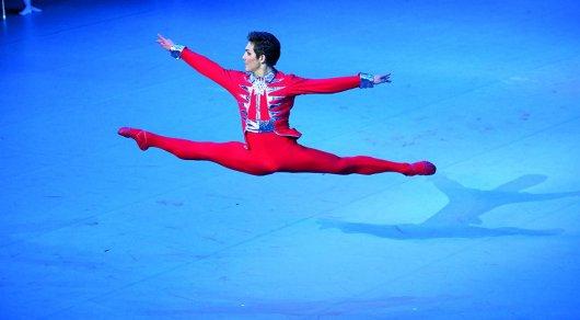 Бахтияр Адамжан одержал победу на международном конкурсе танца в Сеуле