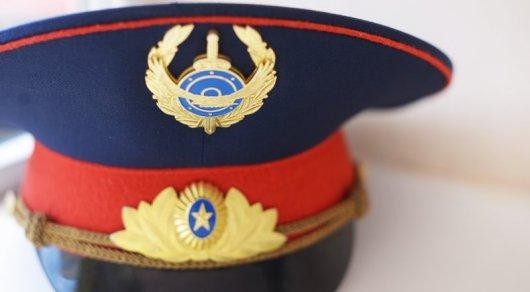 Мечтавшего стать полицейским мужчину оштрафовали в Атырау