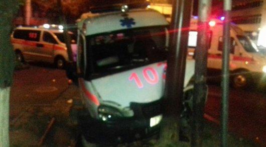 ДТП сучастием «скорой помощи» вАлматы: пострадали 5 человек