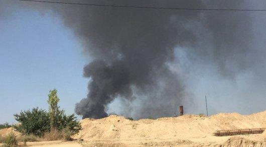 Крупный пожар произошел врайоне ТЭЦ-2 вАлматы