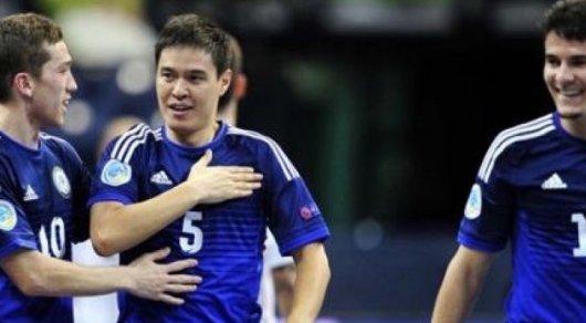 Сборная Казахстана проиграла аргентинцам настартеЧМ пофутзалу