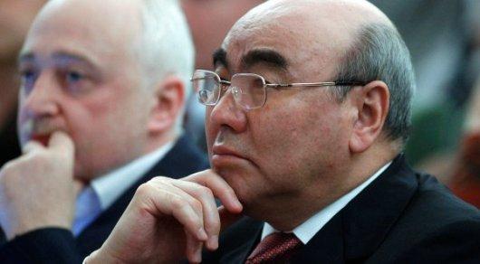 США просили базу в Кыргызстане на год, но не выполнили обещание - Акаев